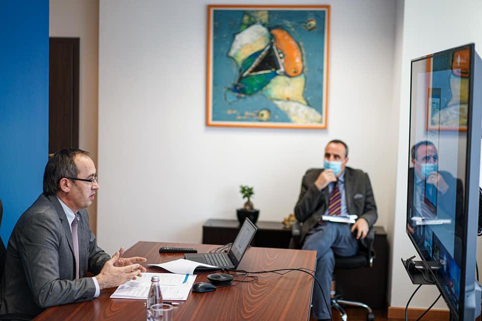 Hoti: Qëndrueshmëria ekonomike dhe sociale është kyçe për integrimin në BE