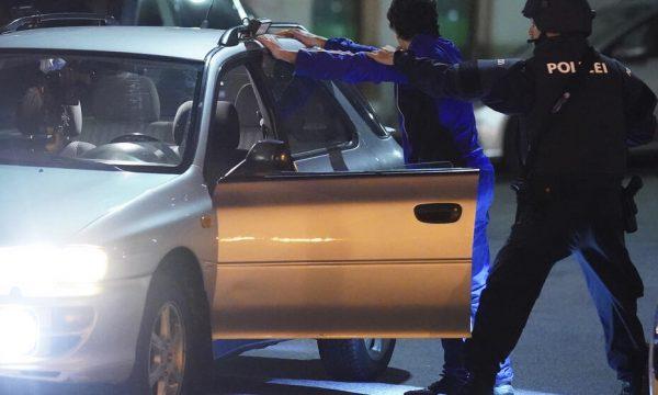 Dyshohet se kishin lidhje me Kujtim Fejzullahin, dy të arrestuar në Zvicër