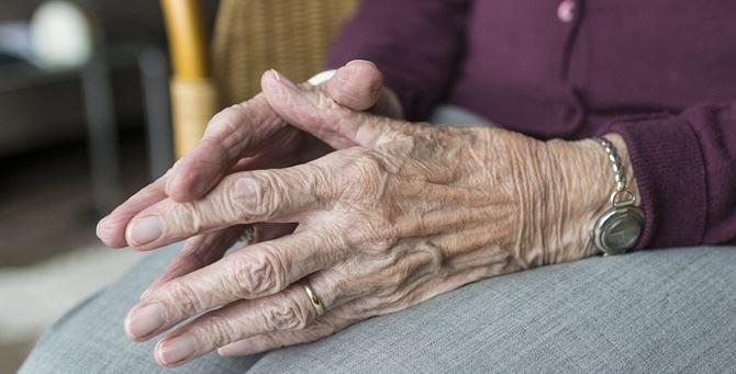 100-vjeçarja shërohet nga koronavirusi