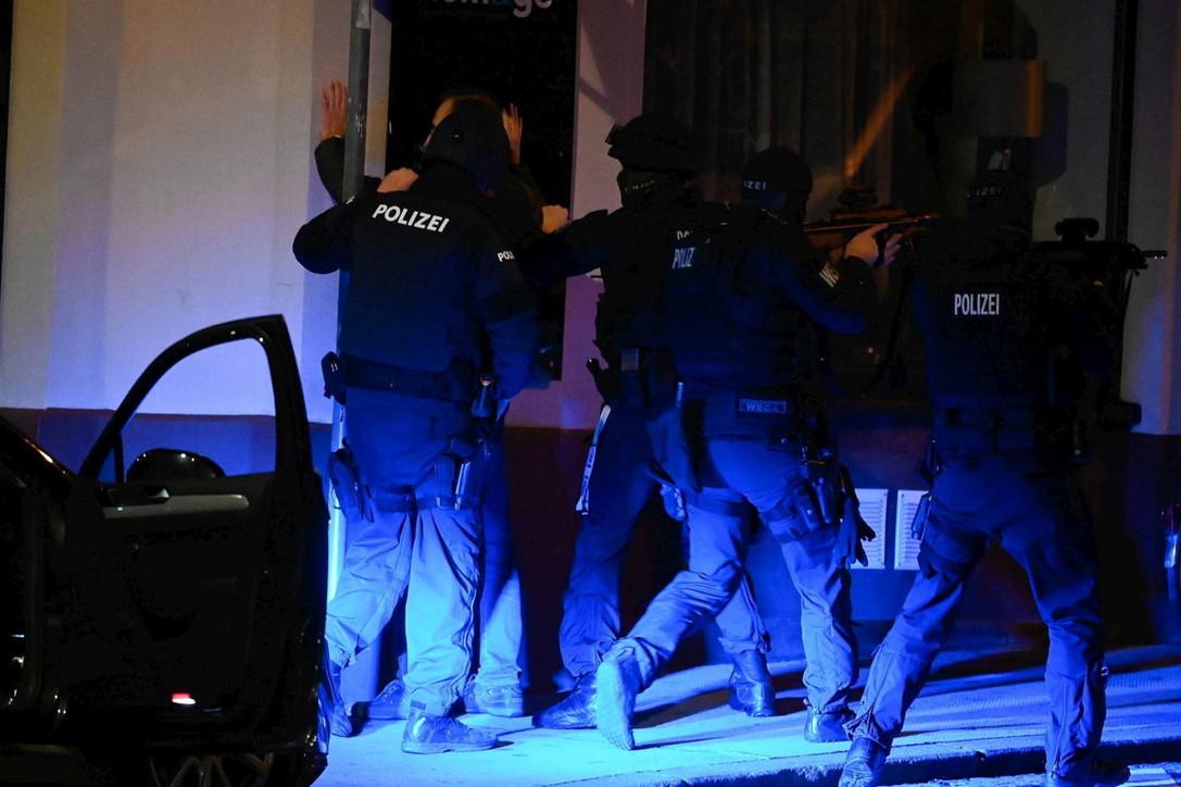 Sulmi terrorist në Vjenë, kreu i komunitetit hebre: Nuk e di nëse ishte sinagoga shënjestër