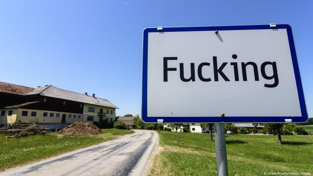 Fshati mban emrin e pazakontë Fucking, autoritetet marrin vendimin e rëndësishëm