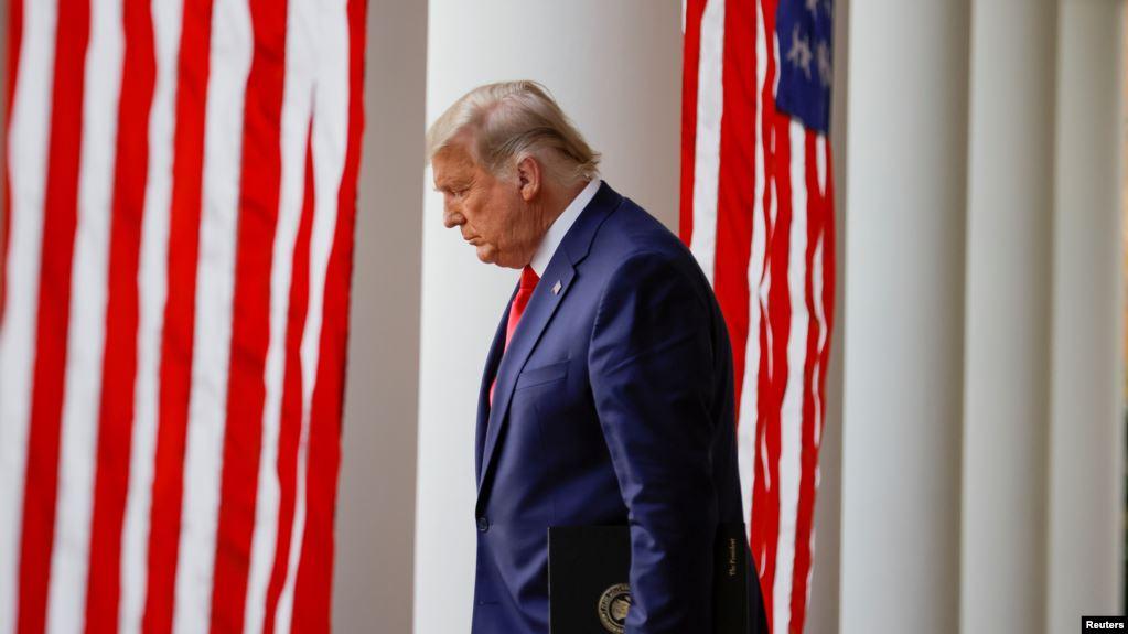 Përpjekje të dëshpëruara nga Trump dhe aleatët e tij për të përmbysur fitoren e demokratit Biden