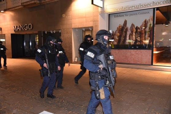 Sulmi terrorist në Vjenë: 12 të dyshuar nga 16 në 25-vjeç, me origjinë nga Kosova e Çeçenia