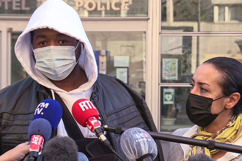 Agjentët francezë të policisë dhunojnë producentin me ngjyrë, pezullohen nga detyra