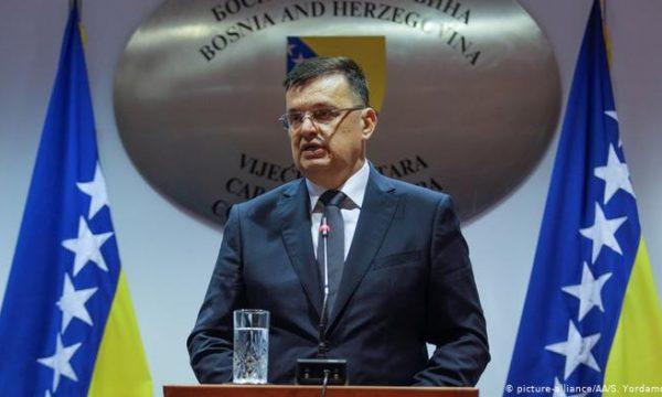 Kryeministri i Bosnjës rezulton pozitiv me Covid