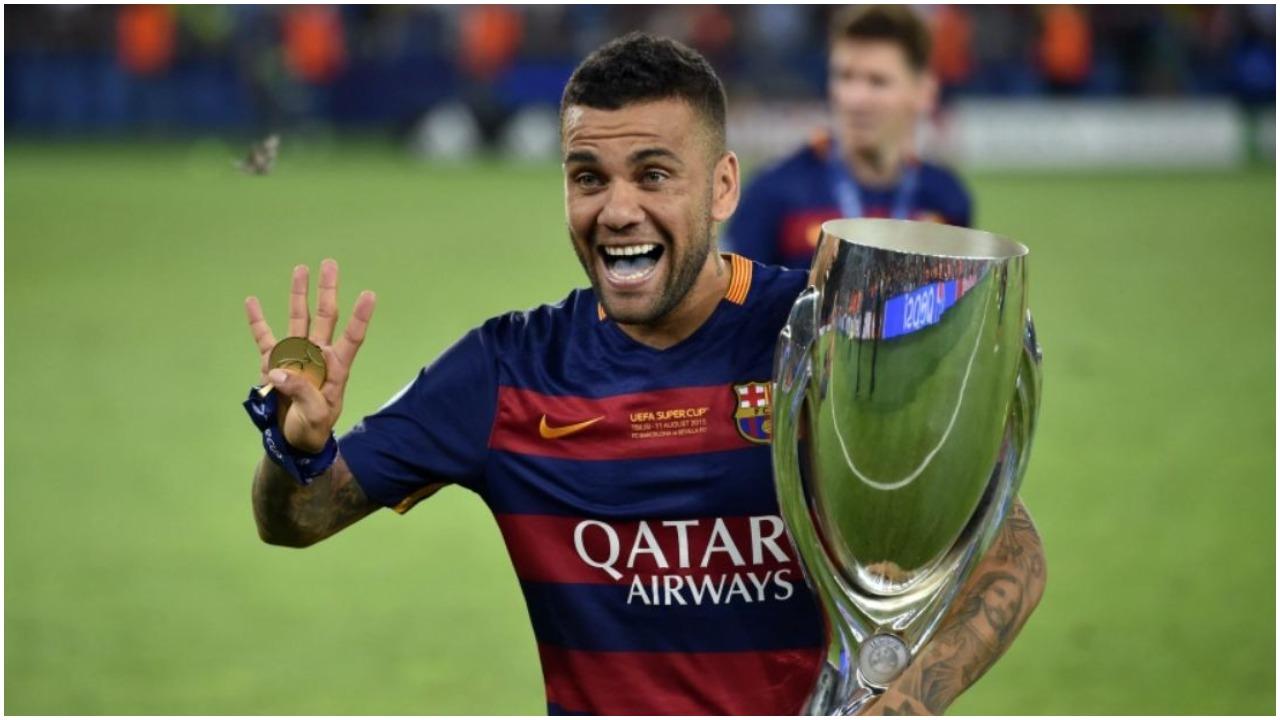 Dani Alves: Doja rikthimin, drejtuesit e Barçës s'kishin këllqe të pranonin gafën