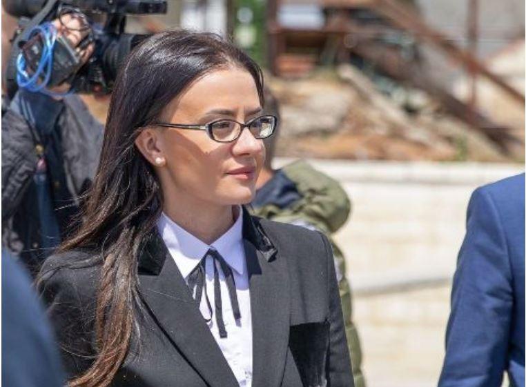 Vuçiç kërcënoi me luftë, ministrja e Kosovës i kthehet ashpër: Këlysh i Rusisë do kapitullosh