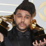 """Nuk u nominua në asnjë kategori, The Weeknd nuk i del inati, sulmon sërish """"Grammy-t"""""""