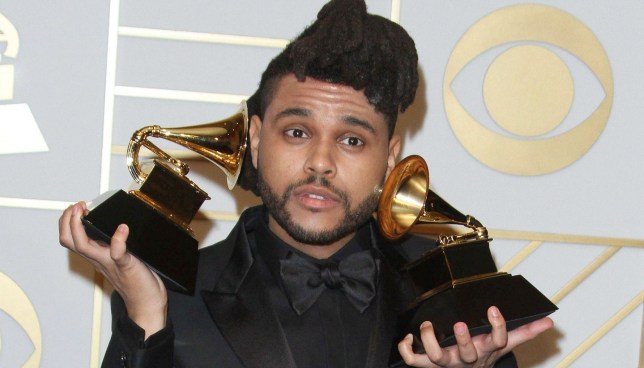 "The Weeknd shënon rekord historik me ""Blinding Lights"""