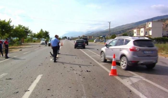 Ndjekja e makinës me sirianë, përfundon në aksident! Përplaset makina në Fushë-Krujë