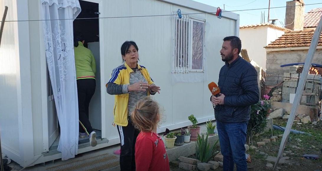 Familja nga Durrësi që kaloi vitin në çadër: S'kemi marrë asnjë ndihmë