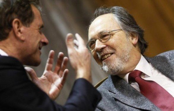 """Akuzonte UÇK-në për krime lufte, PD votoi pro raportit të """"Dick Marty"""", PS kundër"""