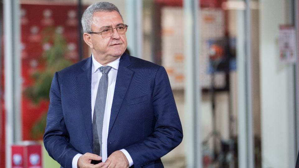 Suksesi i Vllaznisë, sezoni i veçantë, gjykimi dhe VAR-i: Rrëfehet Duka