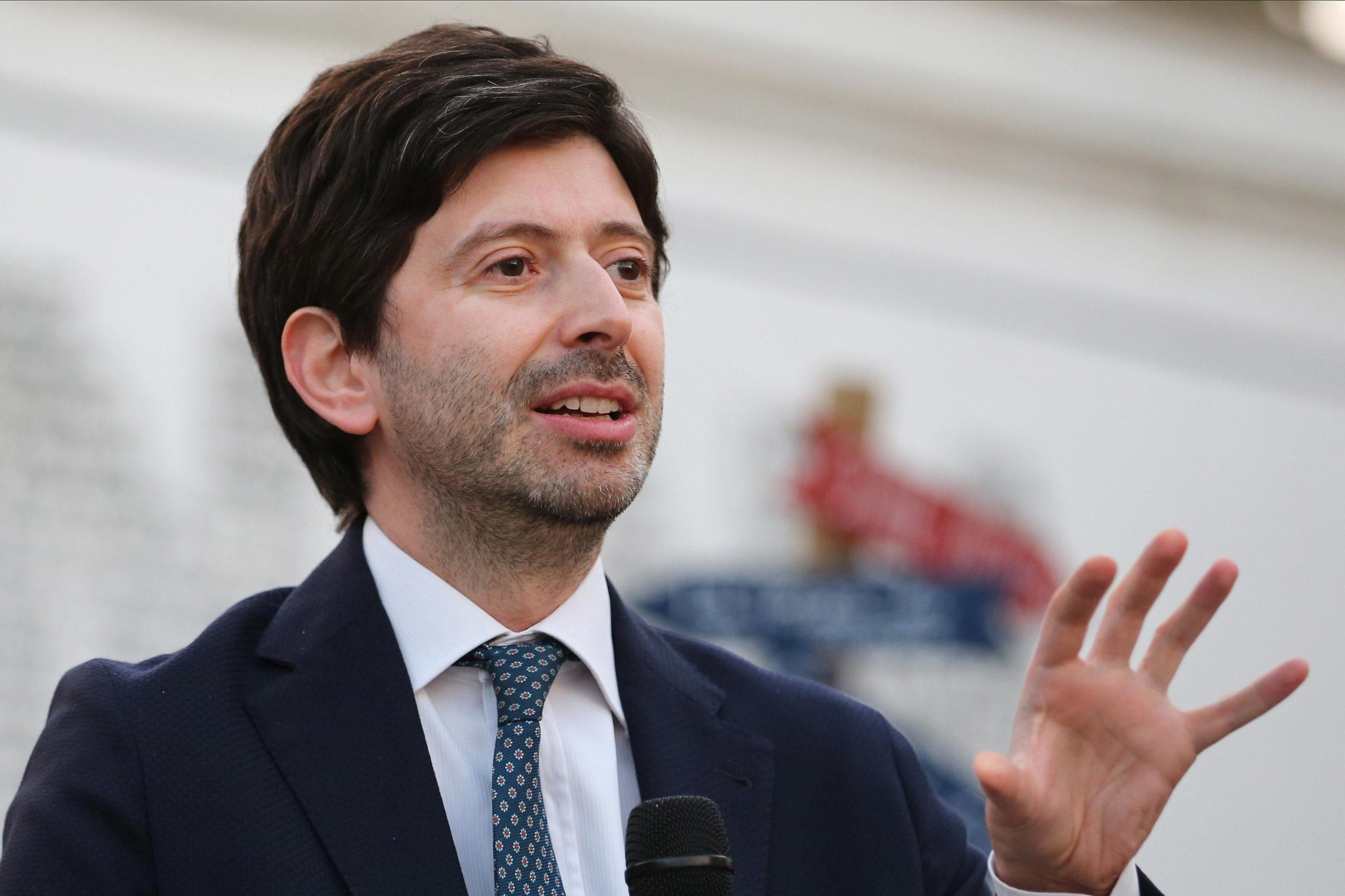 Ministri italian i Shëndetësisë: Rastet me Covid-19 do të arrijnë pikun pas një jave