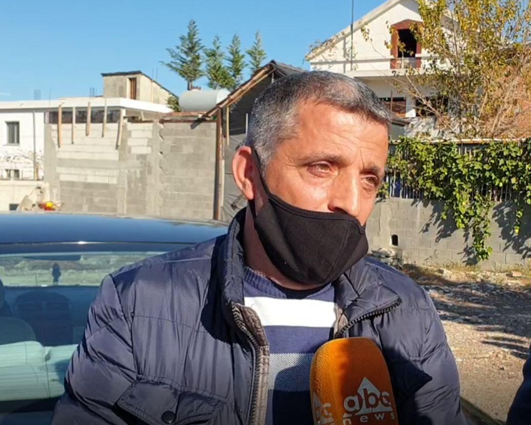 Një vit më pas, Blerim Lala nuk i mban dot lotët: Humbën 8 familjarë, jemi të shkatërruar