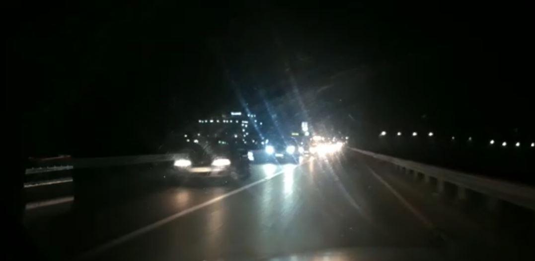 Një ndër akset më problematike, trafik i rënduar në rrugën Thumanë – Fushë Krujë