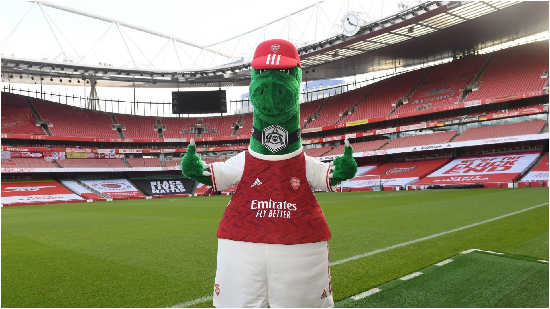"""Ozil mban premtimin, Gunnersaurus rikthehet në """"Emirates Stadium"""""""