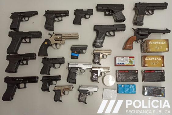 EUROPOL godet grupin e trafikut të armëve nga Turqia në Shqipëri, sekuestrohen 191 pistoleta