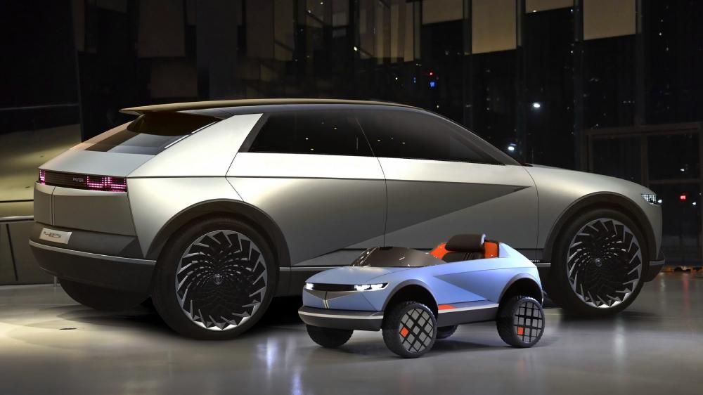 """Hyundai zbulon makinën që """"lexon"""" gjendjen shpirtërore të fëmijëve"""
