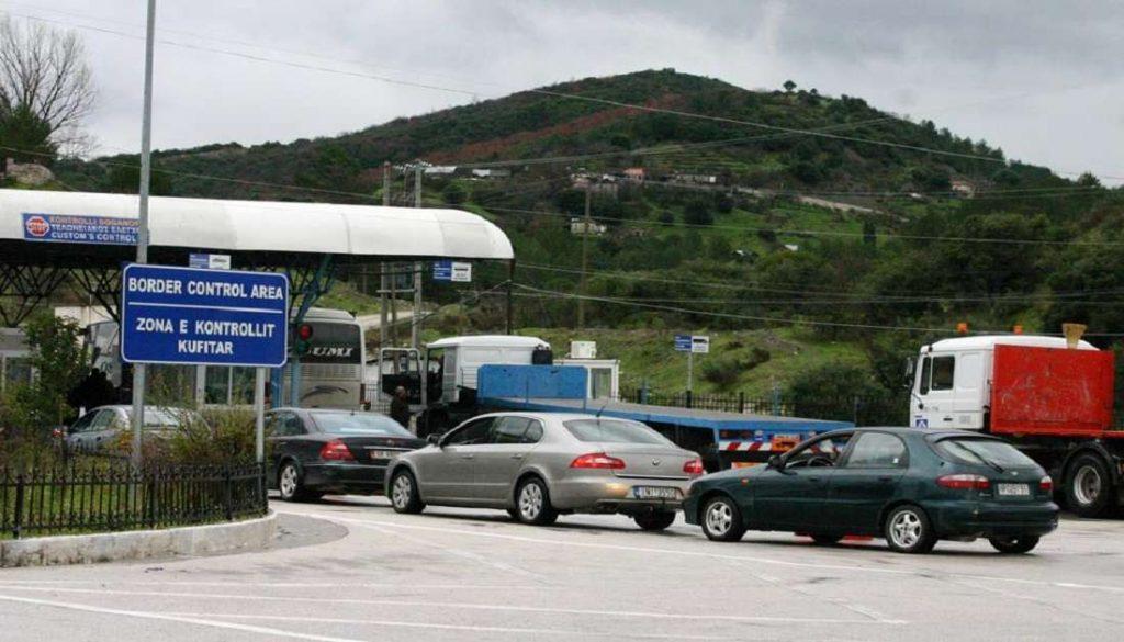 Pozitiv për Covid-19: Tentoi të kalonte kufirin në Kakavijë, procedohet dhe gjobitet 63-vjeçari