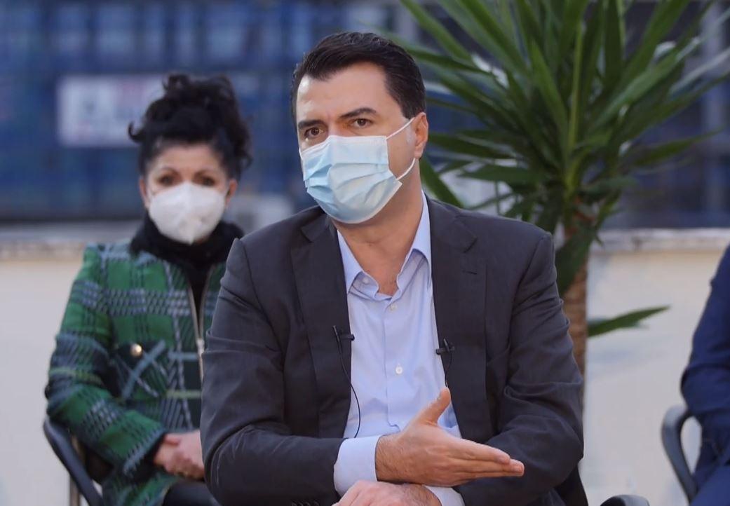 Basha me mjekët: Qeveria të lërë sulmet politike dhe të vihet në krye të detyrës