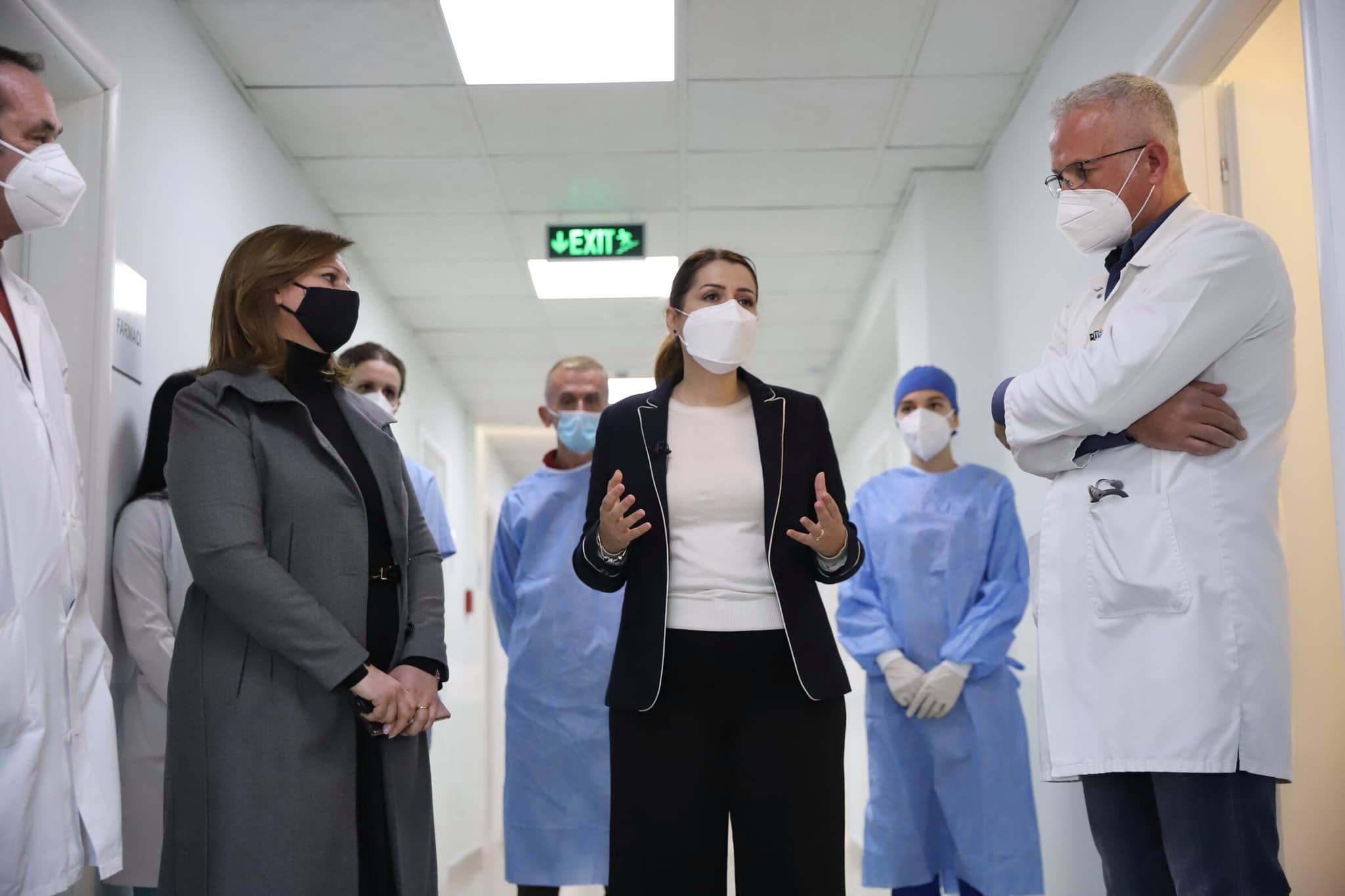 """""""Rekord viktimash nga Covid-19"""", Manastirliu: Përhapja e virusit s'parandalohet në spitale"""