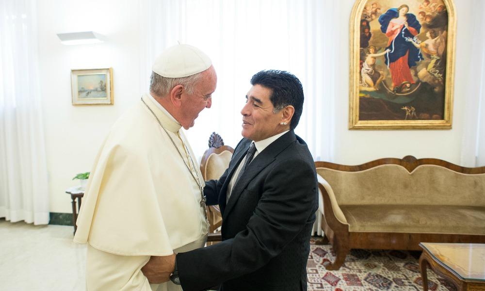 Vdekja e Maradonës, Papa Francescu: Jam lutur për të, me fat që e takova