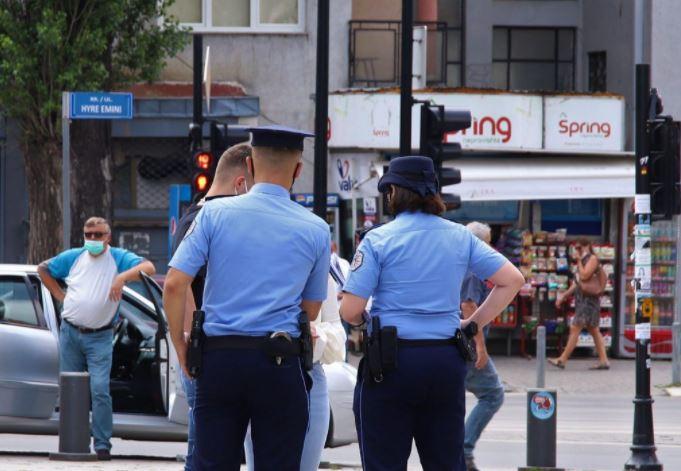 Rikthehet ora policore në disa komuna, masat e reja anti-Covid në Kosovë