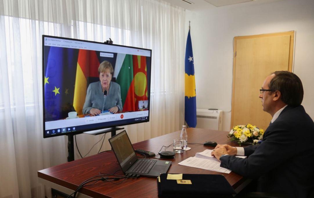 Hoti në Samitin e Sofjes: Jemi të përkushtuar për zgjidhjen e të gjitha çështjeve me Serbinë