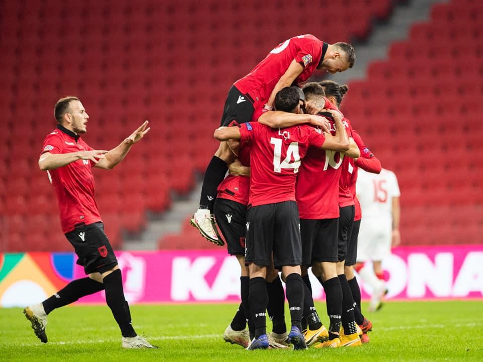 """VIDEO/ Shqipëria në Ligën B, Bjellorusia na bën të vuajmë dhe """"sherrxhinj"""""""