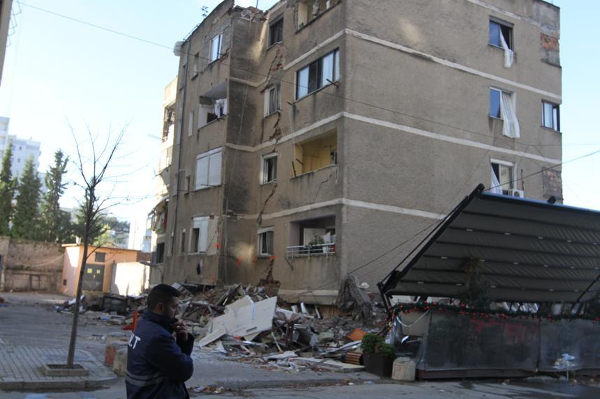 Një vit pas tërmetit, banorët e pallateve të dëmtuara ankesa: Kërkojmë akt-ekspertizë të thelluar