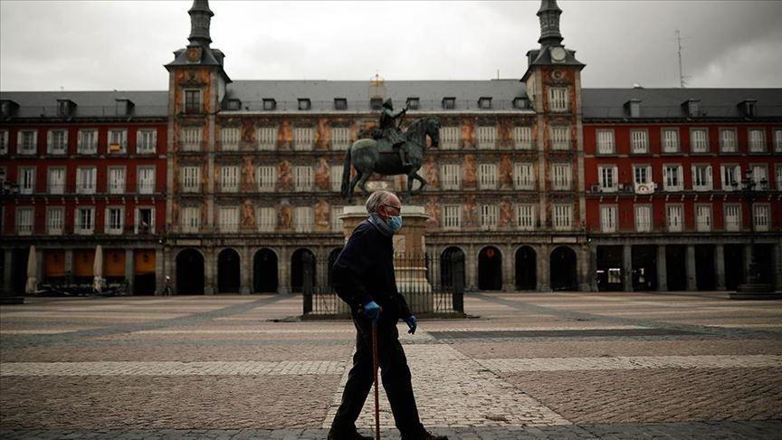 Festat e fundvitit, Madridi mbyll kufijtë për 10 ditë në dhjetor