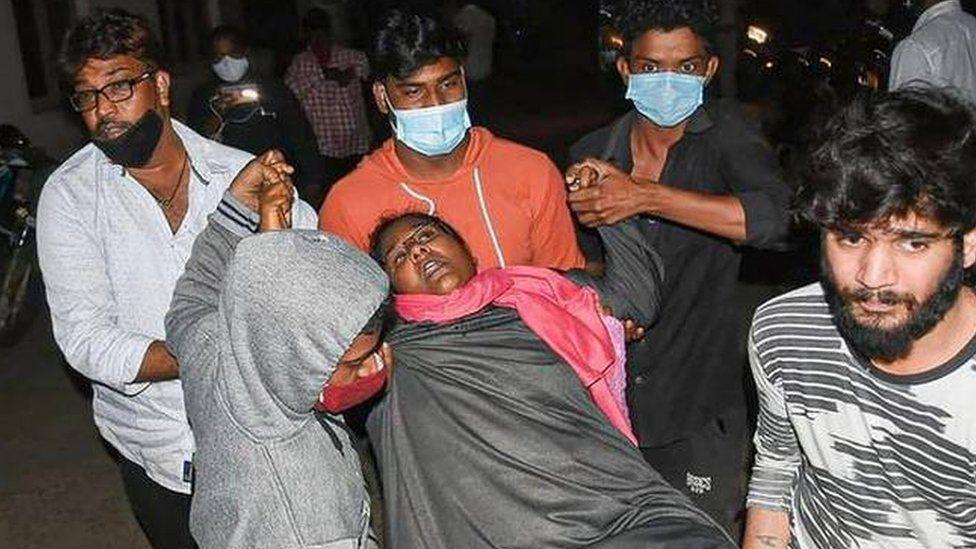 Shfaqet sëmundja misterioze ne Indi, qindra të shtruar ne spital