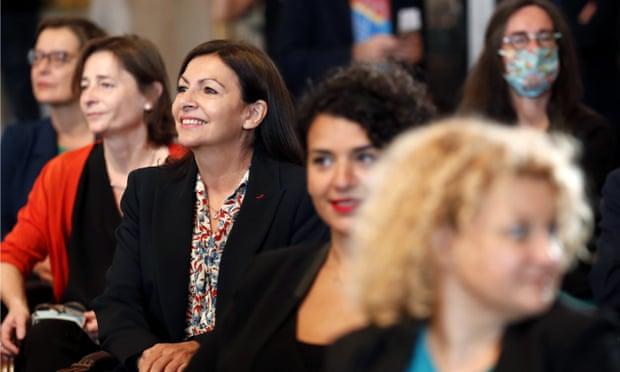 U gjobit se punësoi shumë gra, rebelohet kryebashkiakja e Parisit