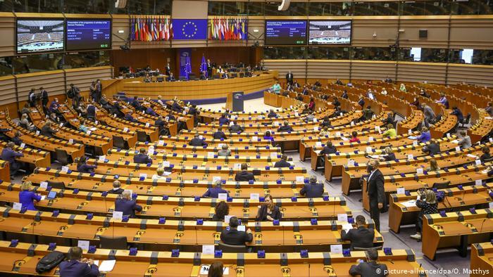 Hapja e negociatave, eurodeputetët vlerësojnë Shqipërinë, por pa kompromis për kushtet
