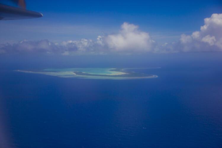 """Duket si një liqen në mes të oqeanit, zbuloni """"sekretet"""" e ishullit """"të fshehur"""" në hartë"""