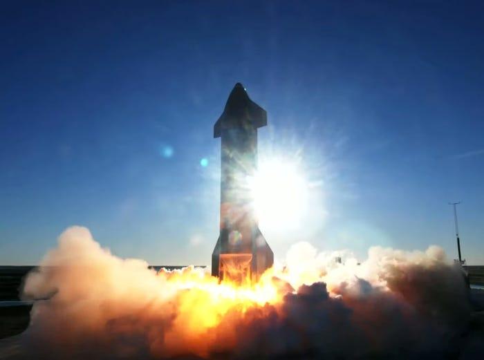 Raketa SpaceX shpërthen gjatë uljes në tokë