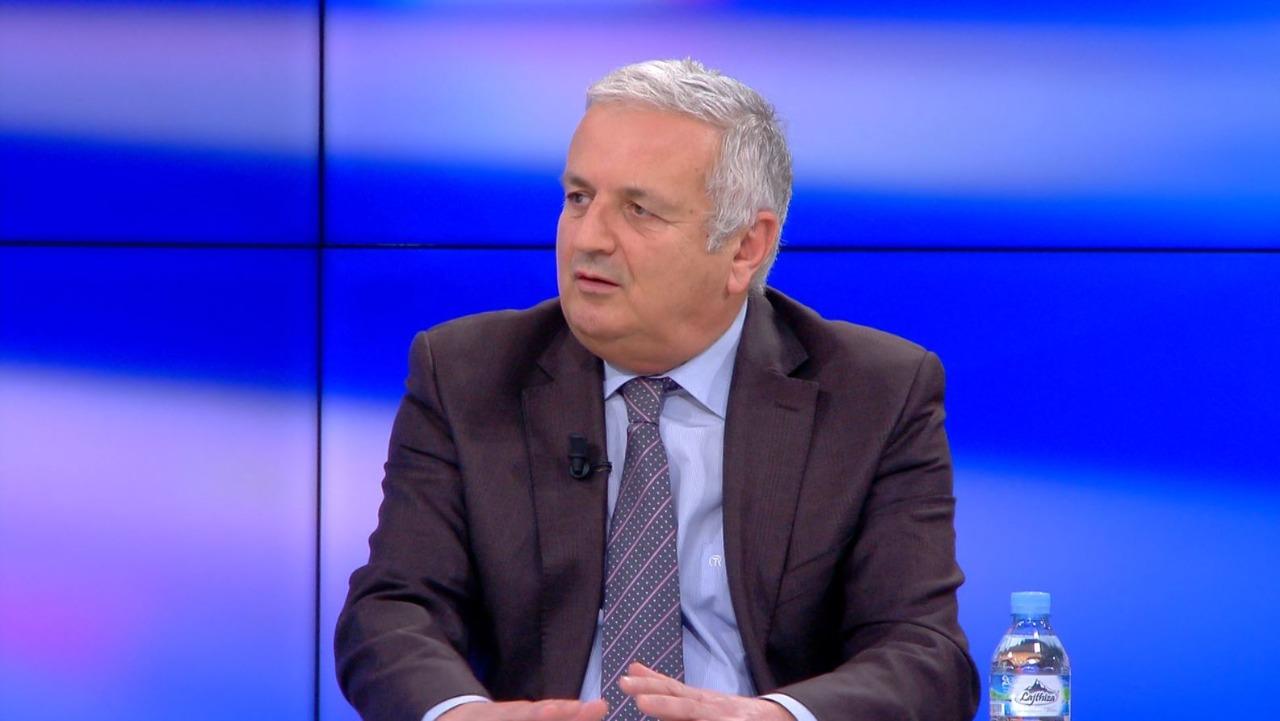 """Gëzim Podgorica: Dënimi i krimeve në Kosovë do """"ngrijë"""" marrëdhëniet Serbi-Shqipëri"""