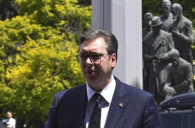 Deklarata për mosnjohjen e pavarësisë së Kosovës, kërcënohet Vuçiç dhe familja e tij