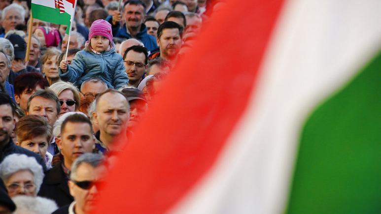Skandali seksual i politikanit hungarez, çfarë tregon për Orban