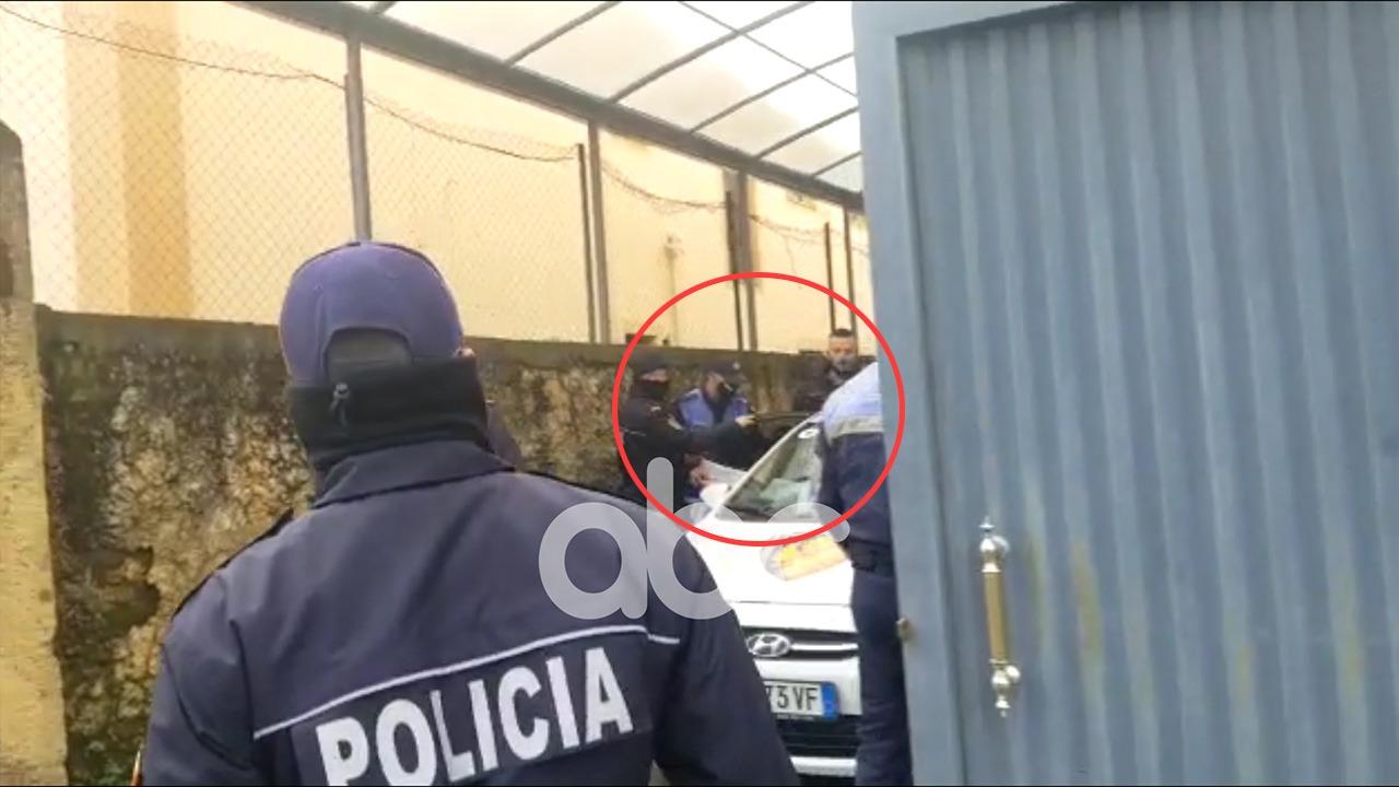 U kapën me benzinë, shoqërohen dy persona nga protesta në Shkodër