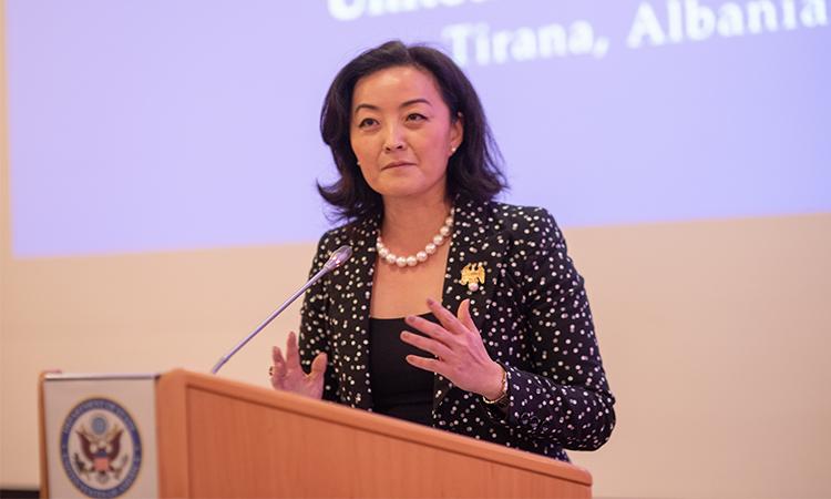 """Yuri Kim: SPAK po çon pas hekurave kriminelët, reforma po ecën edhe pse """"djemtë e këqij"""" nuk e duan"""