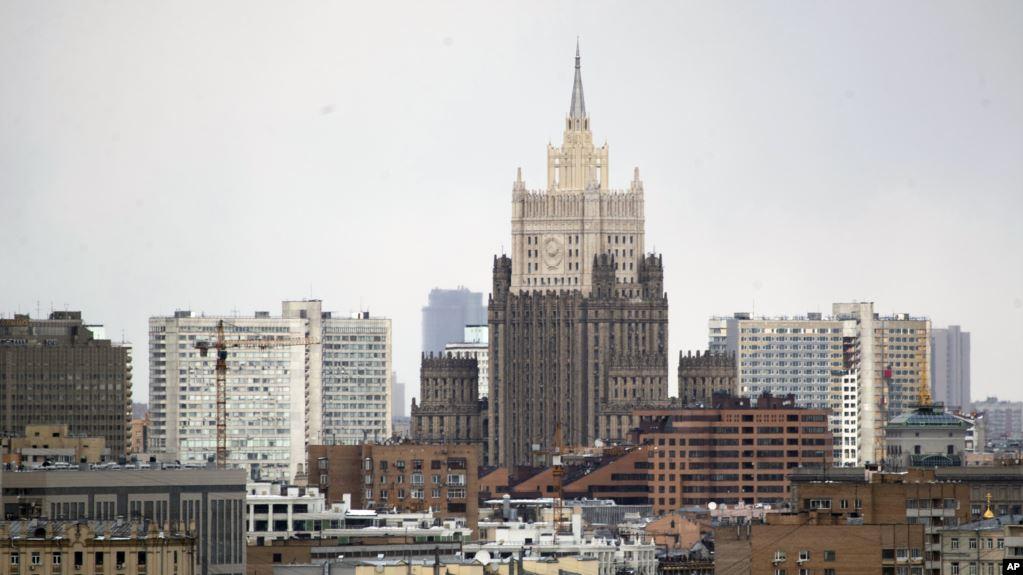 Bullgaria dëbon dipomatin rus për spiunazh: 72 orë afat për t'u larguar nga vendi