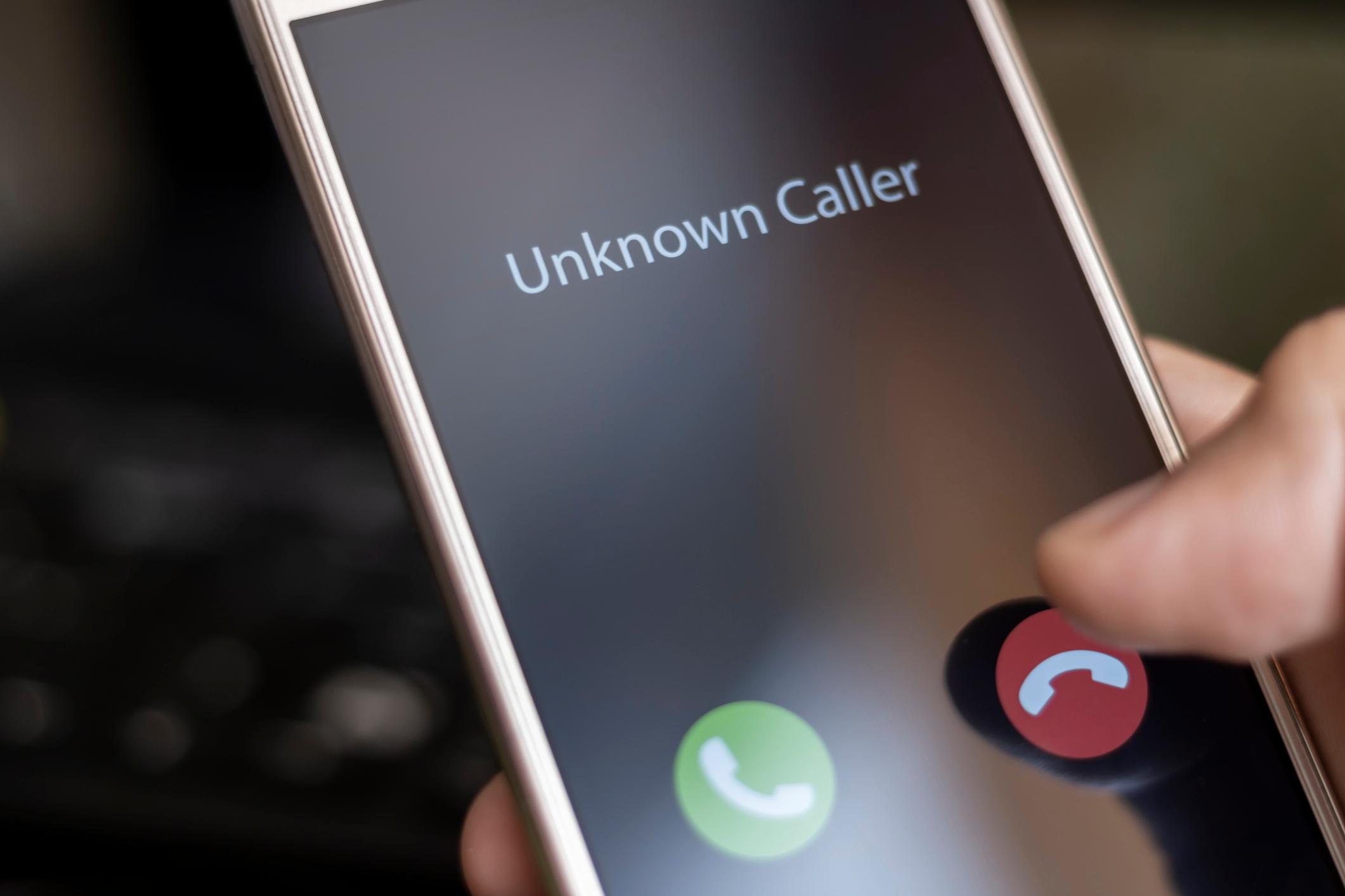 Ka një mënyrë të thjeshtë si të bllokoni telefonatat anonime