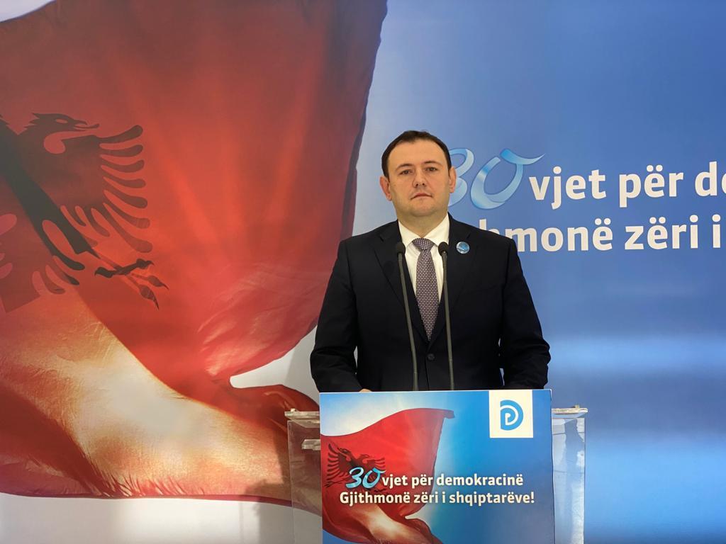 PD: Qeveria dështoi me mësimin online, 18 milionë euro u zhdukën, ku shkuan 6000 tableta?