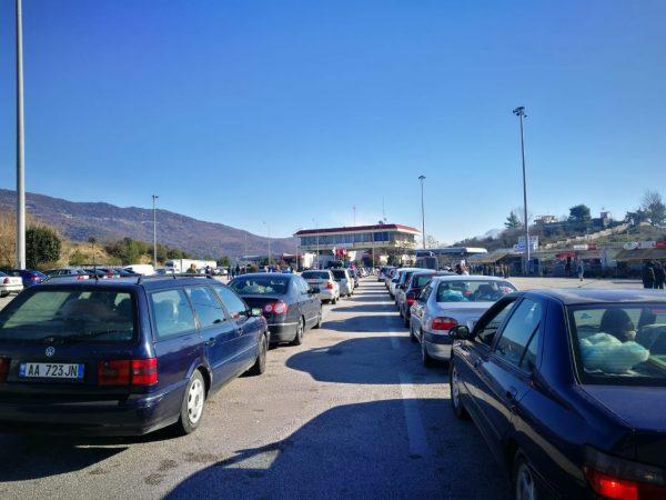 Qeveria greke ashpërson masat në Kakavijë, kush del pozitiv me COVID kthehet mbrapsht