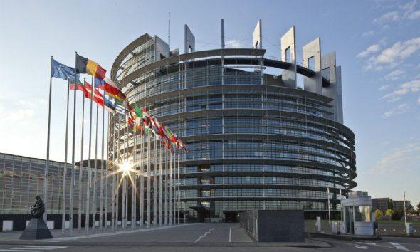 Ambasadorët e BE-së shtyjnë diskutimin për Shqipërinë dhe Maqedoninë e Veriut