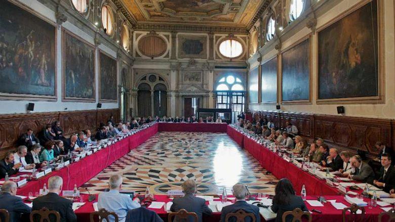 Asnjë ndryshim, miratohet opinioni final i Komisionit të Venecias për Kodin Zgjedhor