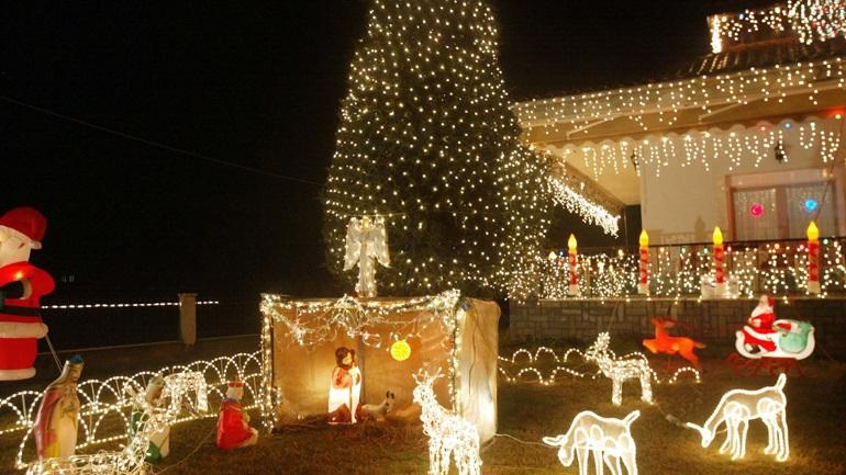 Rekomandimi i rreptë në Greqi: Kaq persona lejohen në tryezën e Krishtlindjes