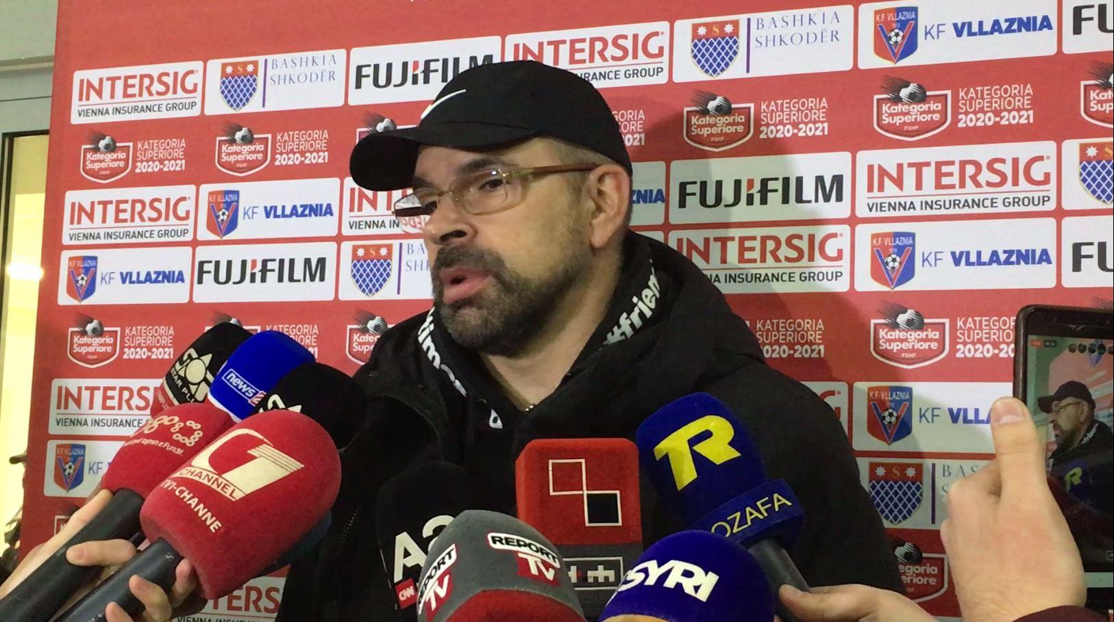 """Olsi Rama në versionin ultras, """"provokon"""" Tiranën pas derbit të kryeqytetit"""